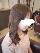顔周りの巻き方だけで一気に韓国風スタイルに